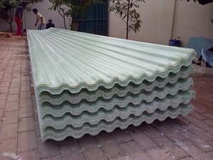 Atap fiberglass anti air